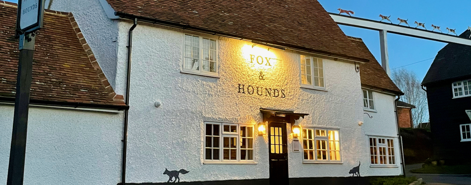 fox-and-hounds-pub (cropped)