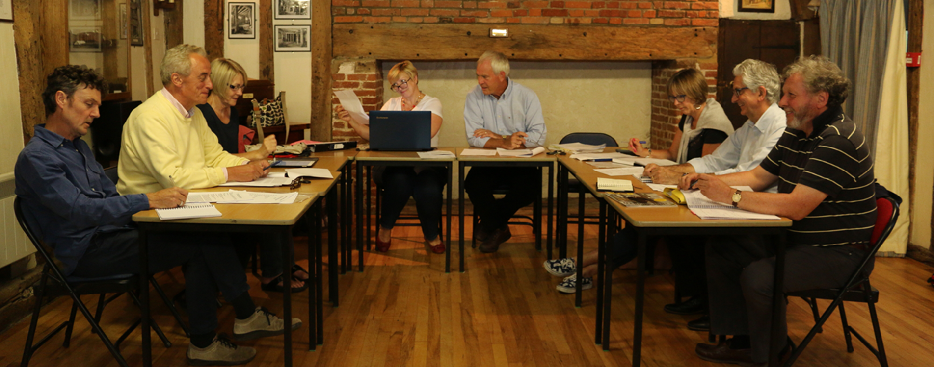 barley-parish-council-at-their-monthly-meeting-in-the-town-house (cropped)